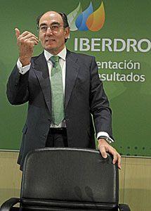 Iberdrola gana un 36% menos en España