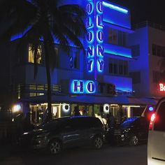 Ocean Drive -- South Beach.  - - #miami #miamibeach #miaminights #oceandrive #southbeach #vacation #vacations #summer #summer2017 #nights #nightlife #party #partytime #getaway #beach #beachday #beachlife #sun #sand #ocean