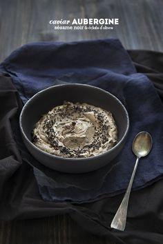 100% Végétal: Dark side of the food ! Eggplant caviat with black sesame & olives chunks