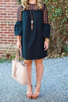 Affordable Bell Sleeve Dress - The Southern Style Guide Preppy Outfits, Modest Outfits, Summer Outfits, Fashion Outfits, Southern Fashion, Southern Belle Style, Glam Dresses, Casual Dresses, African Dresses For Women
