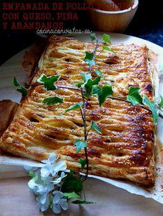 COCINA CON VISTAS: Empanada de Pollo y Curry con Queso, Piña y Arándanos