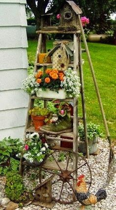 Gorgeous idea for garden. ladder and plants | Outdoor Areas