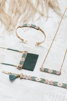 Long Indie Necklace - Shlomit Ofir - Long boho necklace centered with a pendant made of Japanese Miyuki Beads. Faue suede fringes are att - Seed Bead Jewelry, Bead Jewellery, Beaded Jewelry, Handmade Jewelry, Jewelry Necklaces, Long Necklaces, Statement Jewelry, Jewelry Findings, Jewelry Patterns