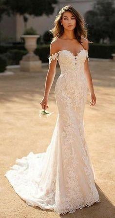 Wedding Dress Black, Boho Wedding Dress With Sleeves, Top Wedding Dresses, Wedding Dress Trends, Gorgeous Wedding Dress, Bridal Dresses, Bridesmaid Dresses, Lace Mermaid Wedding Dress, Fit And Flare Wedding Dress