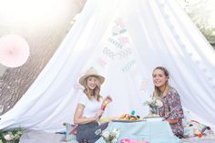 Zoella Picnic Party blog post with links to items