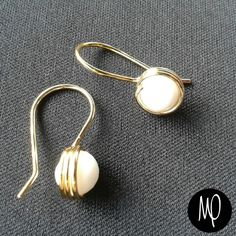 Zarcillos - Agata blanca - Baño de oro #zarcillos #earrings #cristales #crystals #bañodeoro #goldplated