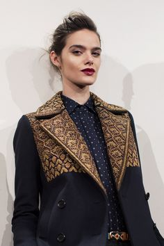 chaqueta brodada