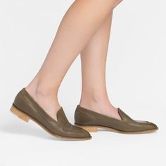 The Modern Loafer - Olive