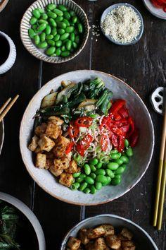 Black Bean Garlic Tofu Nourish Bowl Pasta With Green Beans, Edamame Beans, Crispy Tofu, Toasted Sesame Seeds, Tempeh, Black Beans, Vegan Recipes, Vegan Food, Dinner Recipes