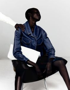 EDITORIAL / PAUL JUNG - Connected to fashion