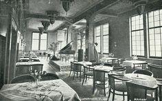 Lunchroom van Vroom & Dreesmaan #Alkmaar aan de Laat. Ca. 1930 #VenD V&D