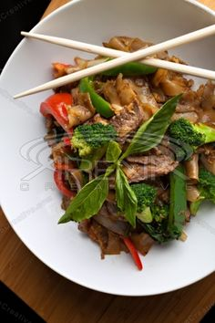 Drunken Noodles, Thai Recipes, Royalty Free Stock Photos, Beef, Image, Food, Meat, Ox, Thai Food Recipes