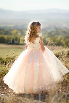 Nuevo El vestido de Julieta en Blush Ivory por littledreamersinc