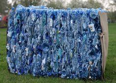 La industria europea del reciclaje de plástico asegura que la tendencia a fabricar las botellas de PET cada vez más finas, junto con la aparición de nuevos flujos de residuos de este material, hace…