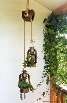Porch lighting - Old School Lantern Planters & Making A Faux Antique Pulley Deco Champetre, Rustic Gardens, Porch Lighting, Lighting Ideas, Antique Decor, Antique Furniture, Diy Décoration, Diy Crafts, Diy Garden Decor