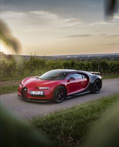 Cool Sports Cars, Sport Cars, Cool Cars, Car Wallpaper For Mobile, Jdm Wallpaper, Mustang Tuning, Because Race Car, Vw Group, Bugatti Chiron