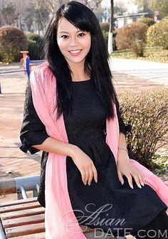 Meet beautiful Asian woman Xueju from Shenyang, 35 yo, hair color Black