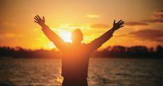 ¿Quiere usted alcanzar la felicidad y vivir una vida plena?
