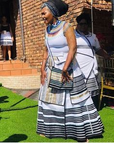 South African Dresses, South African Traditional Dresses, African Print Dresses, Traditional Fashion, African Fashion Dresses, Traditional Outfits, African Prints, Traditional Wedding, Traditional Styles