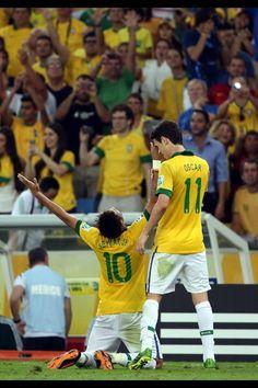 Oscar and Neymar my favourites Neymar Pic, Tennis Games, Good Soccer Players, Football Is Life, Fifa World Cup, 4 Life, Superstar, Brazil, Eye Candy