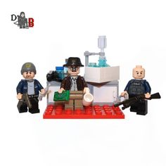 LEGO Custom Breaking Bad Walter White, Jesse Pinkman, Hank Schrader Minifigures with mini lab.