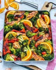 Try this Clean Eating Sheet Pan Orange + Ginger Chicken for Dinner Tonight! - Clean Food Crush Try this Clean Eating Sheet Pan Orange + Ginger Chicken for Dinner Tonight! Clean Eating Chicken, Clean Eating Diet, Healthy Eating, Healthy Food, Healthy Chicken, Baked Chicken, Clean Recipes, Easy Dinner Recipes, Healthy Recipes