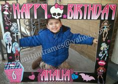 Monster High Frame / Photo Booth / Photo Prop / by GiantFunFrames Monster High Games, Monster High Crafts, Monster High Party, 5th Birthday Party Ideas, 7th Birthday, Little Sister Birthday, Party Frame, Monster High Birthday, Photo Booth Frame