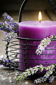 Decorating your Home with Pantone's 2014 Color of the Year : Candle With Lavender Flowers #Lavender