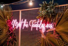 """⚡️💖 When our stunning Custom """"Meet the"""" Neon travels all the way to Samoa our hearts skipped a beat! 🇼🇸✨ Styled to perfection by Keri from 📸 Wedding Signs, Wedding Ceremony, Wedding Ideas, Bodega Bar, Wedding Dressses, Neon Aesthetic, Custom Neon Signs, Bar Lounge, Dream Rooms"""