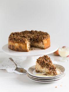 Mehevä Uuniomenajuustokakku Kauramurulla Piece Of Cakes, No Bake Cake, Tiramisu, Cheesecake, Goodies, Sweets, Baking, Ethnic Recipes, Desserts
