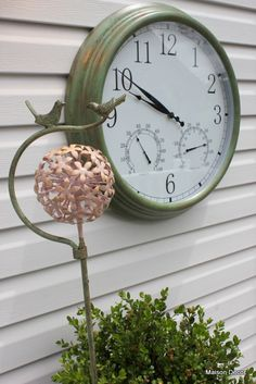 Pier 1 Flower with Bird Stake and Thermometer Outdoor Clock