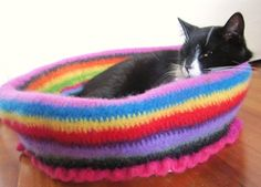 cute i want to make this, would save the cat sleeping on my bed all night haha