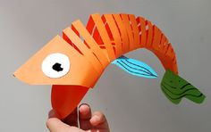 How To Make A Super Cool Moving Fish Out Of Paper!