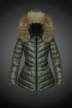 2845e3517525 2015 Moncler Y 16 fourrure capuche doudoune pour les femmes d olive Ski  Fashion,