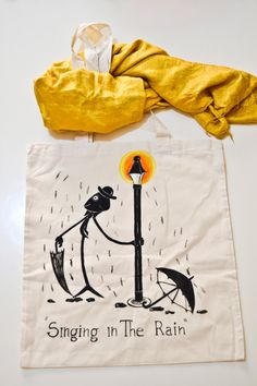 Borsa Shopper in Cotone Dipinta a mano con Alice, Singing in the Rain, Sicilia…