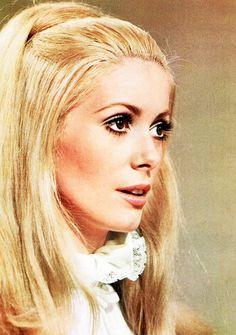 60's makeup: Catherine Deneuve.