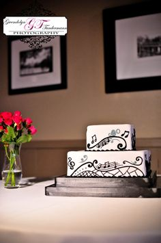 Wedding cake with music theme
