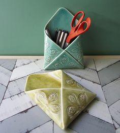 Porcelain-envelope-wall-vase-1398279082