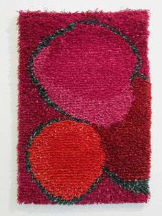 Woolly rya rug by Juha Laurikainen: Red berries