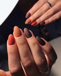 """Shidless on Instagram: """"Moje przepięknie aksamitne jesienne paznokcie 🍁 Namawiałyście mnie, żeby wstawić, więc zapraszam do inspiracji 😍 Chocolatier, Mariano…"""" Mani Pedi, Manicure, Nails, Beauty, Instagram, Nail Bar, Beleza, Ongles, Nail Manicure"""