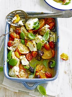 Caprese: Tomate, Mozzarella, Basilikum - My list of simple and healthy recipes Vegetable Recipes, Vegetarian Recipes, Cooking Recipes, Healthy Recipes, Vegetarian Bake, Cooking Time, Vegetarian Starters, Greek Dishes, Side Dishes