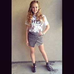 {FC: Brec Bassinger} Hey, I'm Sofie I'm 15 and single *giggles* I'm a cheerleader, dancer, gymnast, and football player! I love photography and flowers and puppies *smiles* Intro?