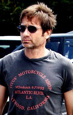 All things X-Files, Postmodern. Sexy Men, Hot Men, Hot Guys, Beautiful Men, Beautiful People, X Files, Hank Moody, David And Gillian, Chris Carter