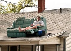 REDNECK BALCONY SEATING Is anyone else wondering how he got onto the roof with a hurt leg?