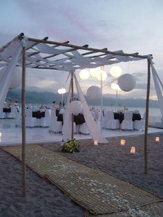 ceremonia civil en la playa #sheraton #bugavilias #Bodas #Romance #Ptovallartra #love #memories