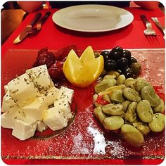 appetizer plate with olives dried tomato  feta cheese and beans #foodstagram #foodblog #pestanavillagemiramar #Funchal #madeira #appetizer