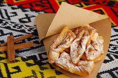 Minciunele Romania, Bread, Food, Little Cottages, Brot, Essen, Baking, Meals, Breads