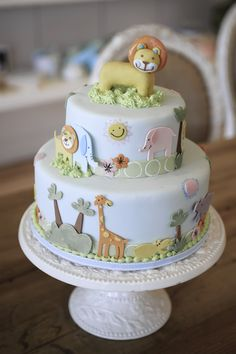 Bobbette and Belle, Lions and Tigers and Giraffes Cake (for Parent Magazine). Baby Shower? First Birthday? It's so sweet.