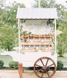 20 Rustic Country Wedding Drink Bar Ideas – Hi Miss Puff Drink Bar, Bar Drinks, Flower Bar, Flower Truck, Flower Stands, Wedding Rentals, Rose Wedding, Wedding Flowers, Bar At Wedding