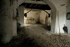 Mostra que expõe trajetória de Miguel de Cervantes ocupa Instituto Cervantes